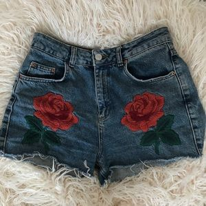 Topshop Mom Shorts with Rose Embroidery
